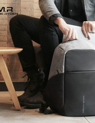 MR Original - Smart Backpack - Model